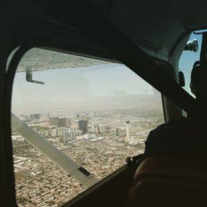 Innflyging over Las Vegas (Foto: Erlend Krumsvik).